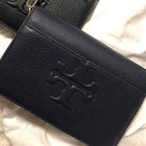 NWT TORY BURCH Bombe T purse